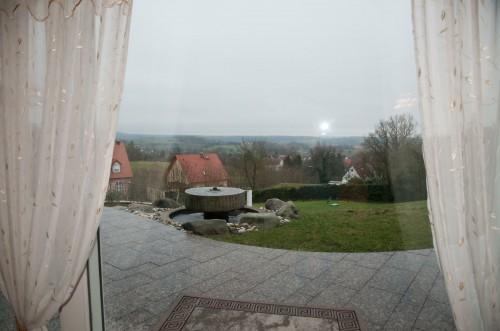 Панорамный вид из окон и с участка