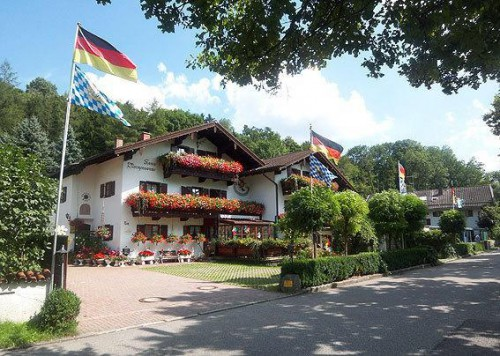 Вид гостиницы, недалеко от Мюнхена - продажа