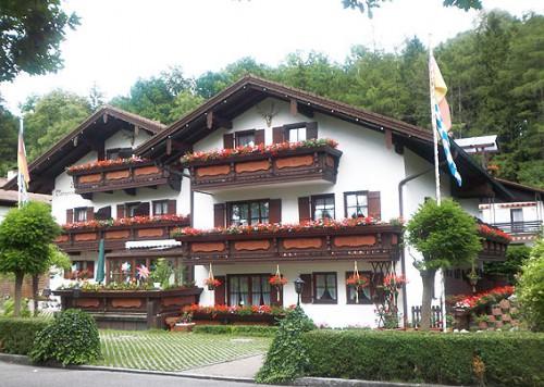 Продажа гостиницы в Германии, гостиница находится рядом с Мюнхеном