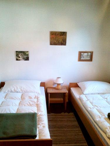 Вторая спальная комната на первом этаже