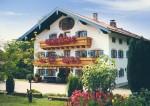 Дом, крестьянское подворье в Германии, большой участок земли, с оборудованными апартаментами для гостей и для отдыха